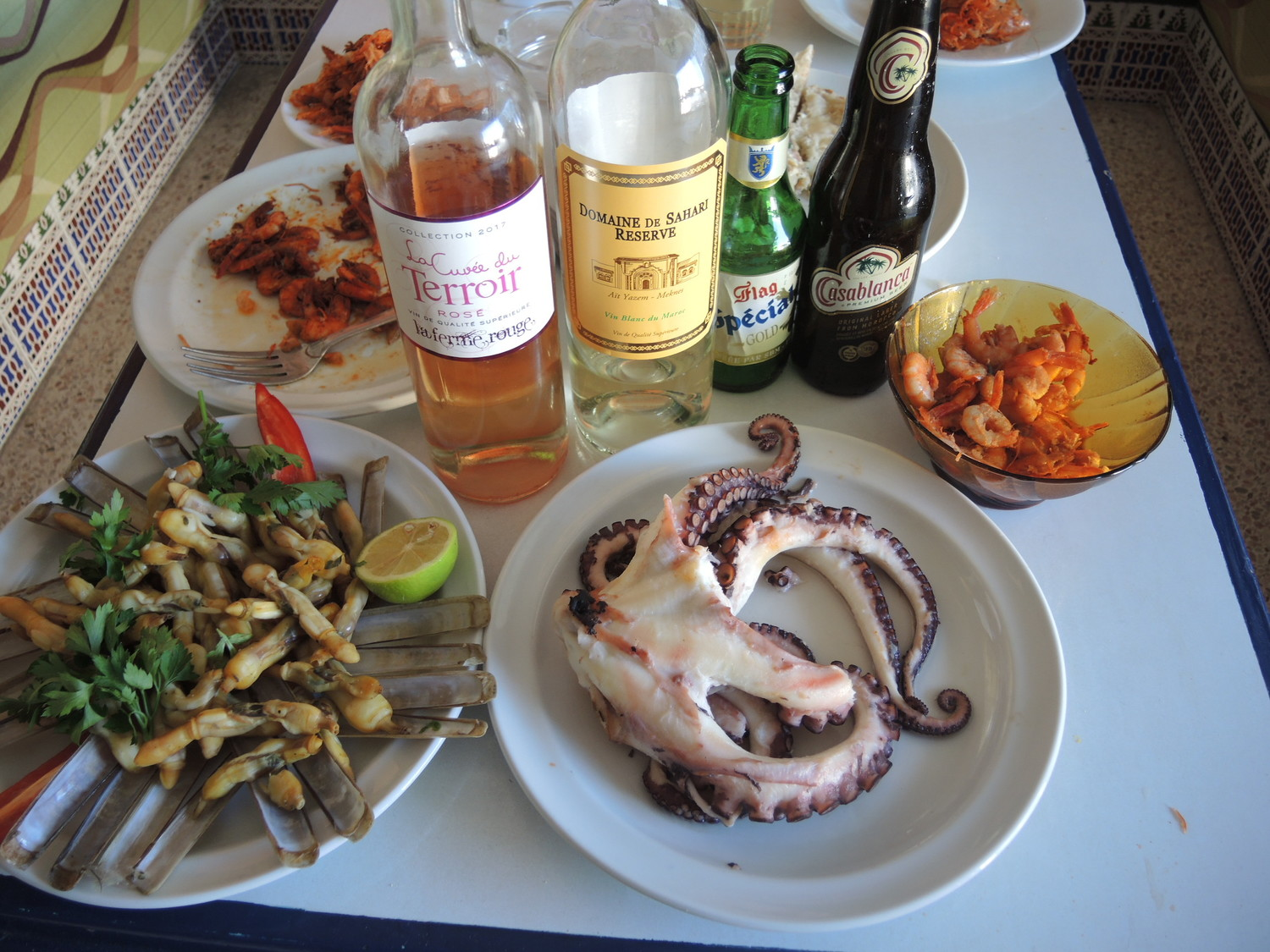 Squid dinner with local alcoholic beverages