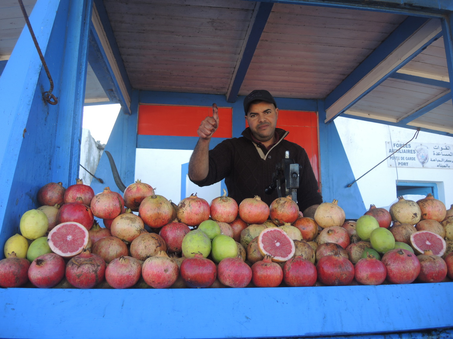 Fresh pomegranate juice stand