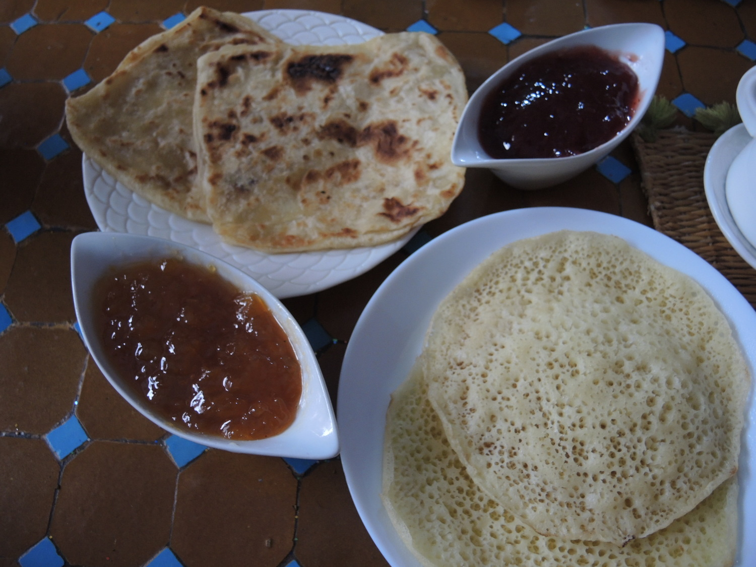 Moroccan crepes with jams