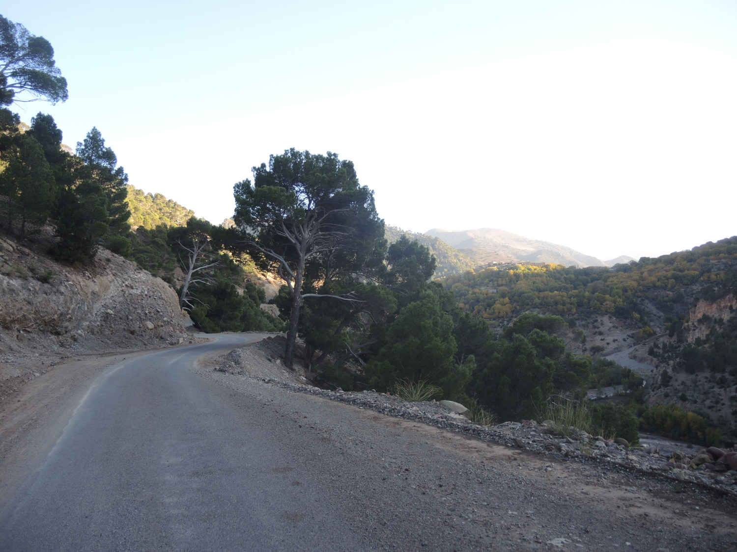 R307 road through the Atlas Mountains