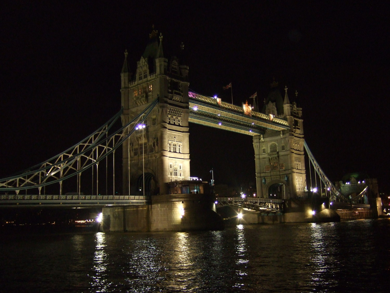 20_Tower_Bridge