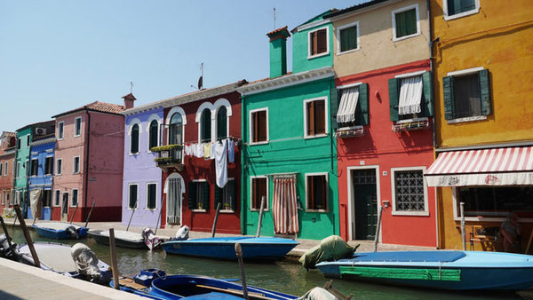 colored_hauses_in_Burano