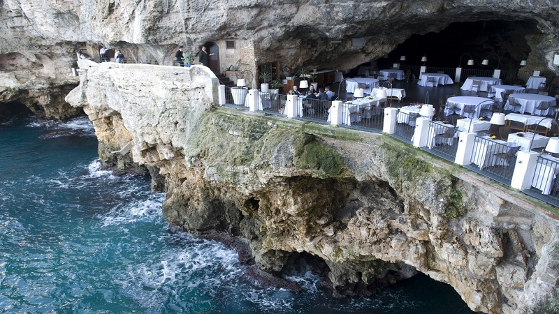 Restaurant_palazzese_cave