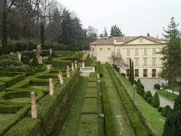 Villa_spada_and_parck