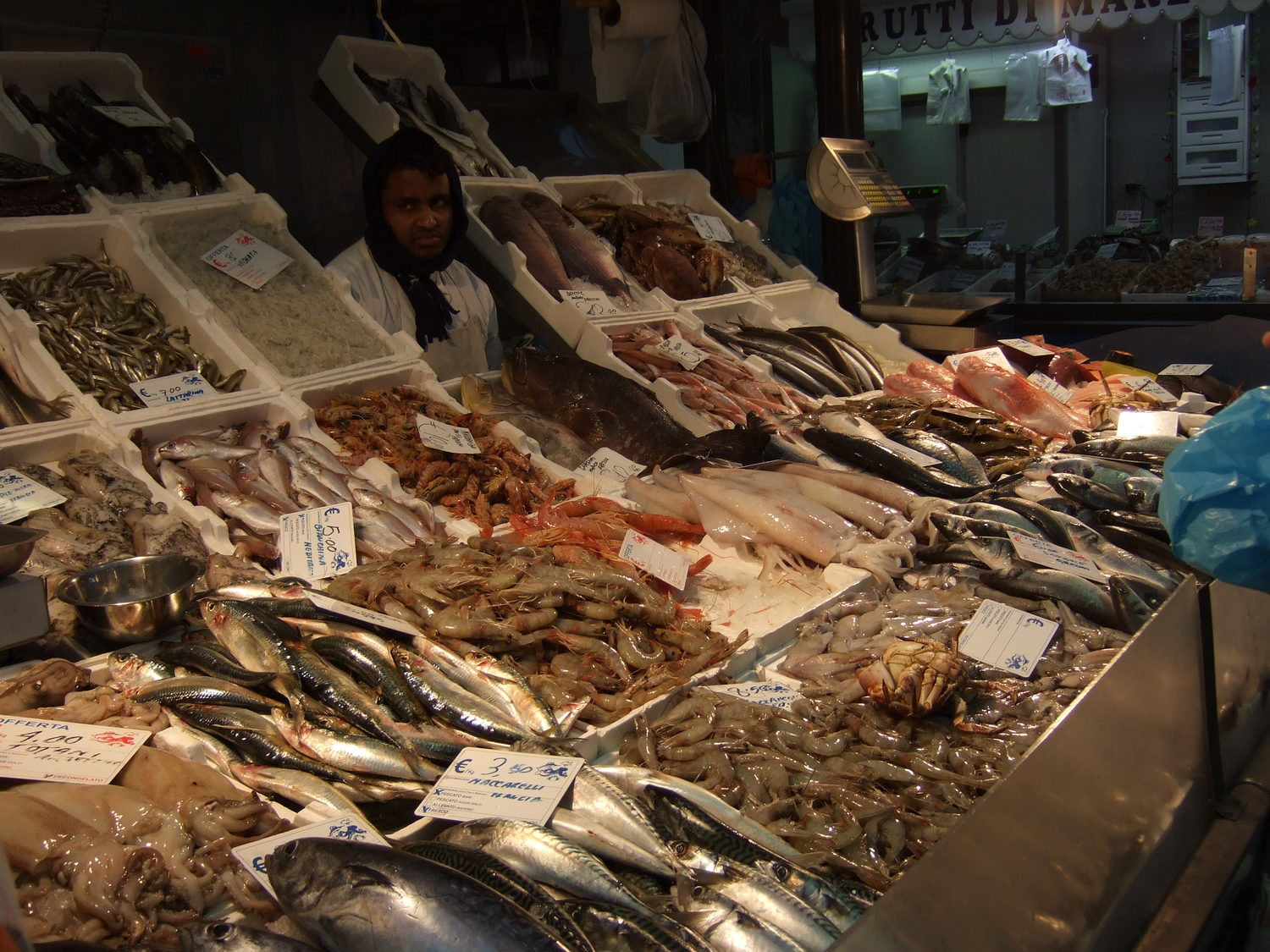 99994_Sea_food_in_Rome_Market