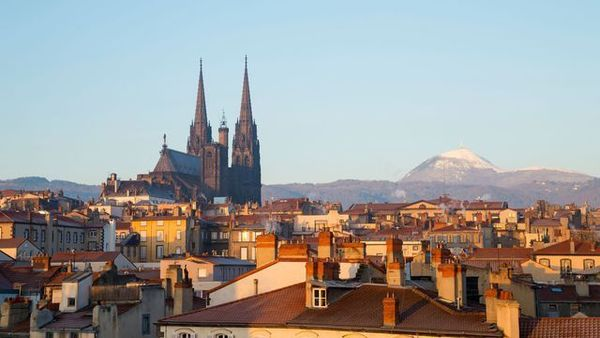 Clermont-Ferrand view with the Cathedral and Puy de Dome behind